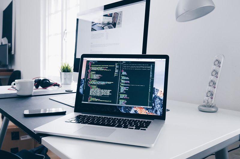 Cómo crear una página web profesional para tu empresa paso a paso